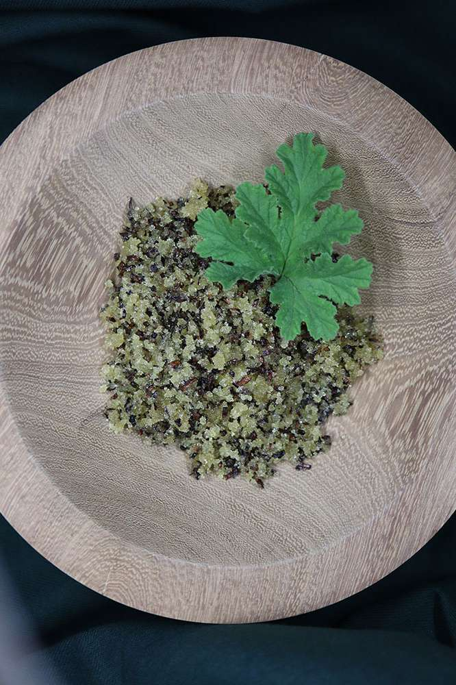 Honeybush sugar scrub in a wooden bowl.